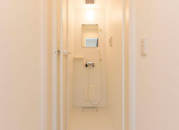 シャワー室(1階・2階)